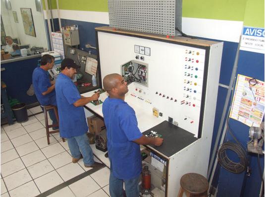Profissionais Registrados | Geradores Eletro Máquinas